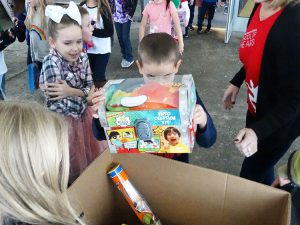 Student drops large gift in bag